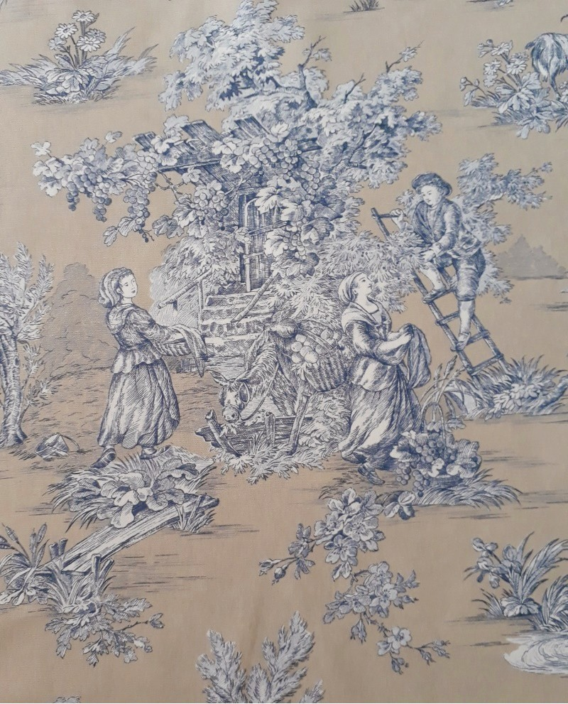 tissu mfta toile de jouy pastorale bleu fond beige 88. Black Bedroom Furniture Sets. Home Design Ideas